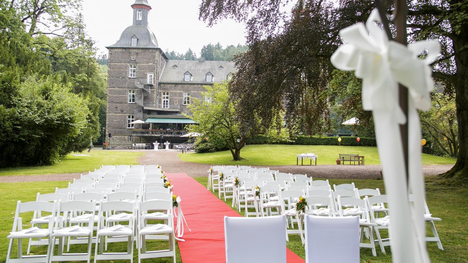 Heiraten auf Schloss Hugenpoet - Alles für die perfekte